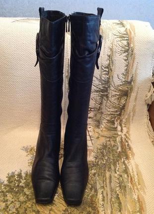 Добротные итальянские кожаные сапоги, бренда silver rose, р. 39.