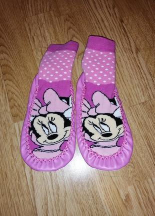 Тапочки на девочку с минни маусом носки чешки