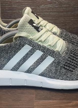 Кроссовки для бега adidas swift run 38р (co2121) оригинал!