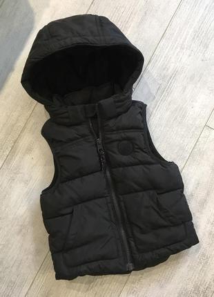 Теплая жилетка h&m размер 2-4 года