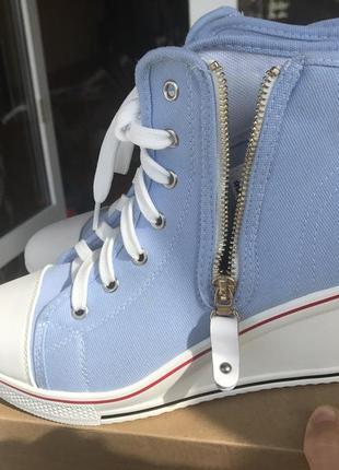 Новые ботиночки на танкетке, сникерсы