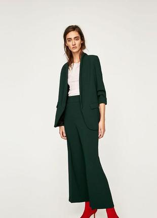 Блейзер пиджак жакет удлиненный бутылочно зелёный с длинным воротом новый