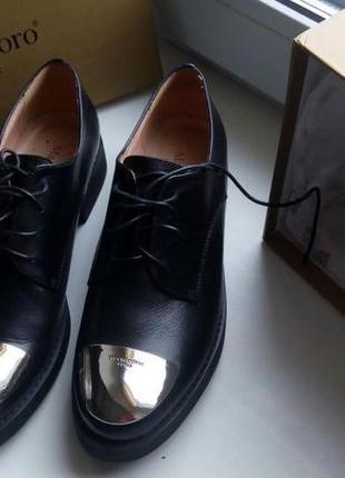 Абсолютно новые дерби,лоферы,туфли,ботинки maria moro