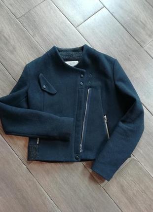 Шерстяное пальто полупальто zara пальто кочуха куртка zara