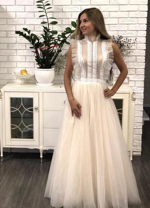 Невероятное свадебное платье