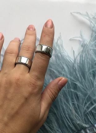 Кольцо / широкое / серебро 925