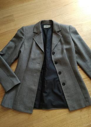Піджак в вінтажному стилі