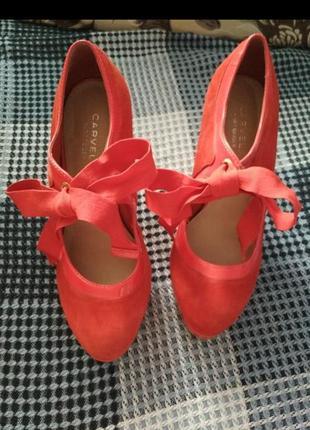 Красные босоножки, туфли