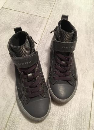 Ботинки geox оригинал 32 размер