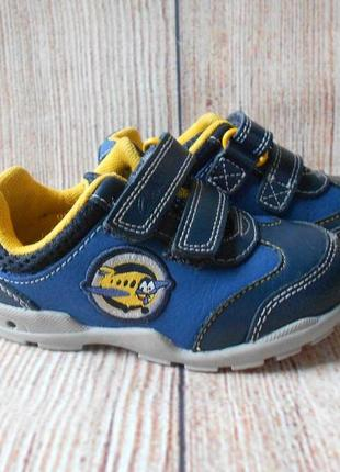 Clarks кожаные кроссовки на мальчика арт.2654