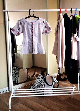 Блуза-вишиванка тренд