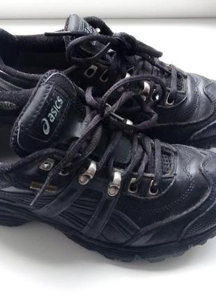 Кожаные кроссовки asics, gore-tex