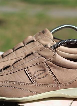 Кожаные кроссовки, туфли, мокасины ecco 38-39