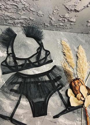 Очень сексуальный комплект женского нижнего белье ручной работы