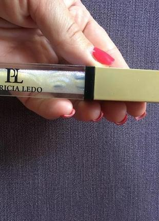 Трендовый блеск для губ  голограмма patricia ledo