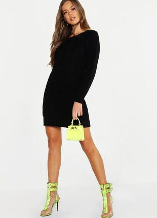 Базовое трикотажное платье свитер