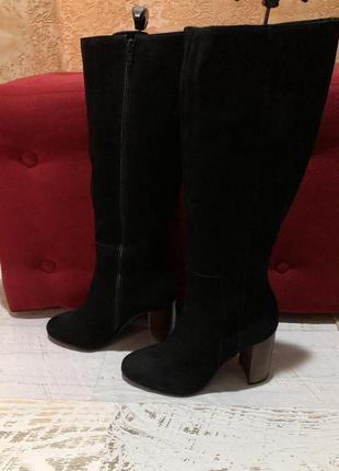 Високі чоботи із натурального нубука,від minelli
