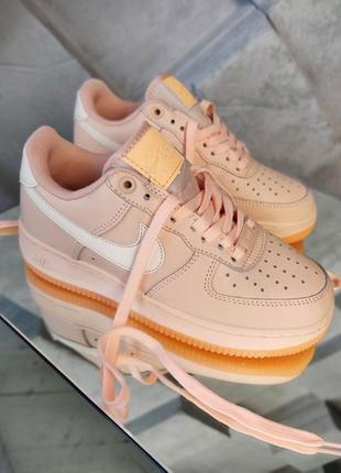 Nike air force женские кроссовки найк персикового  цвета, демисезонные,