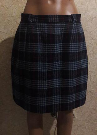 Короткая теплая юбка в клетку на подкладке