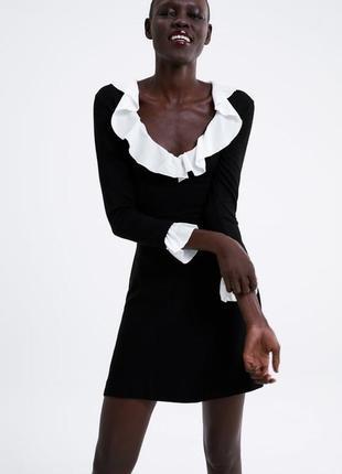 Новое чёрное шерстяное платье zara с белыми вставками