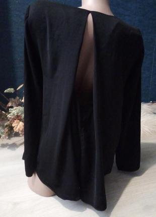 Брендовая блузка вырез на спине zara