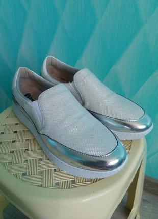 Нарядные слипоны мокасин кроссовки inblu. есть нюанс.
