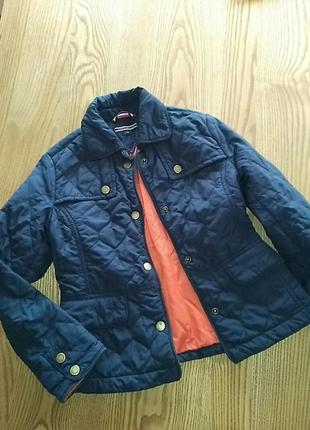 Tommy hilfiger курточка на девочку на 8лет