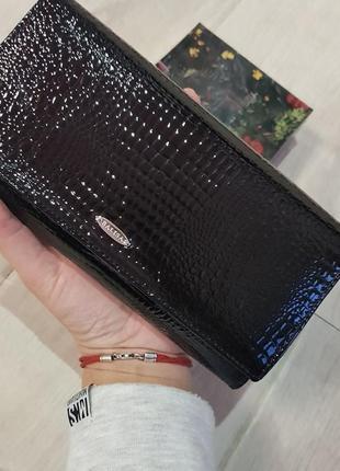 Удобный качественный кожаный кошелек с визитницей balisa.