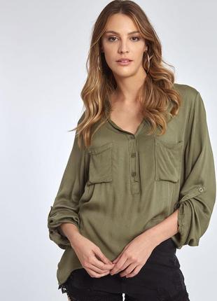 Классная блуза хаки , брендовая