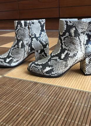 Кожаные ботинки johnston murphy р 36,5-37