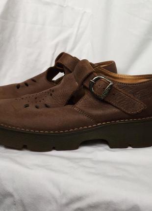Туфли кожанные dr. martens , англия