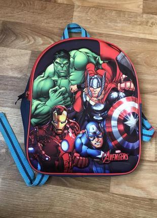 Рюкзак marvel герои.