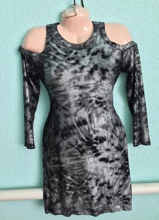 Женское платье с оголенными плечами sassofono,gizia,balizza
