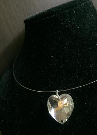 Комплект:  подвес в форме сердца кристалл сваровски на  кольце с застежкой .