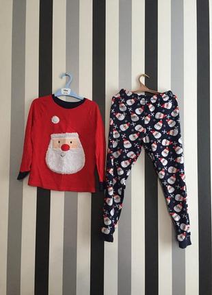 Классная тёплая пижама для мальчика с сантой