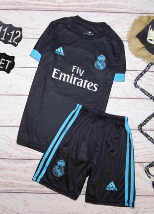 Adidas (11-12 лет) футбольная форма.