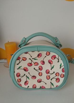 Сумка- чемоданчик. сумочка через плечо