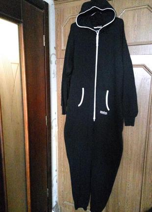 Теплая пижама кигуруми комбинезон ромпер человек . новый без бирки . фубольшой размер
