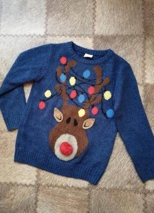 Фирменный праздничный свитер с оленем