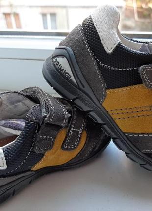 Кроссовки ботинки primigi(intertop). кожа. италия