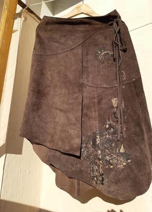 Замшевая юбка трапеция на запах ассиметричная юбка