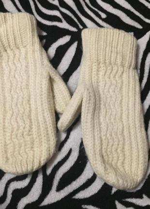 Теплые зимние стильные шерстяные варежки
