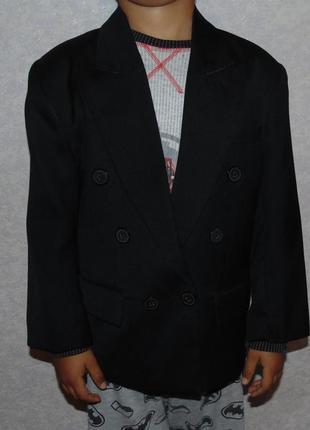 Пиджак мальчику 5-6 лет