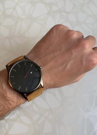 Мужские наручные часы с датой кожзам коричневые с чёрным
