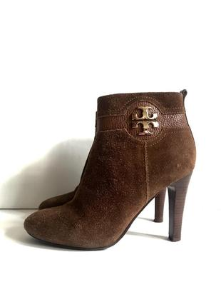 Tory burch, замшевые ботинки ботильоны