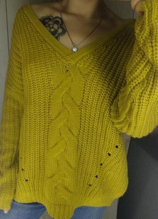 Объемный теплый горчичный свитер4 фото