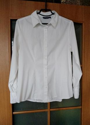 Белая классическая рубашка базовая хлопковая тонкая