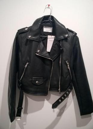 Курточка косуха чёрная