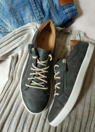 Кеди туфли