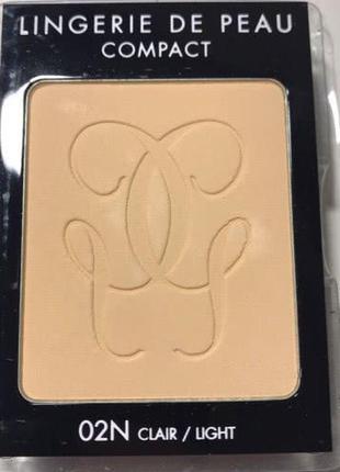 Компактная тональная пудра guerlain lingerie de peau compact mat alive